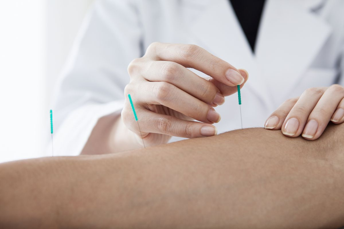 Can acupuncture help cardiac patients reduce chest pain?_0